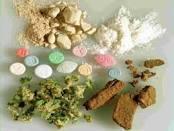 PENALE/ Legge STUPEFACENTI Incostituzionale la legge droga che non distingue tra droghe pesanti e leggere